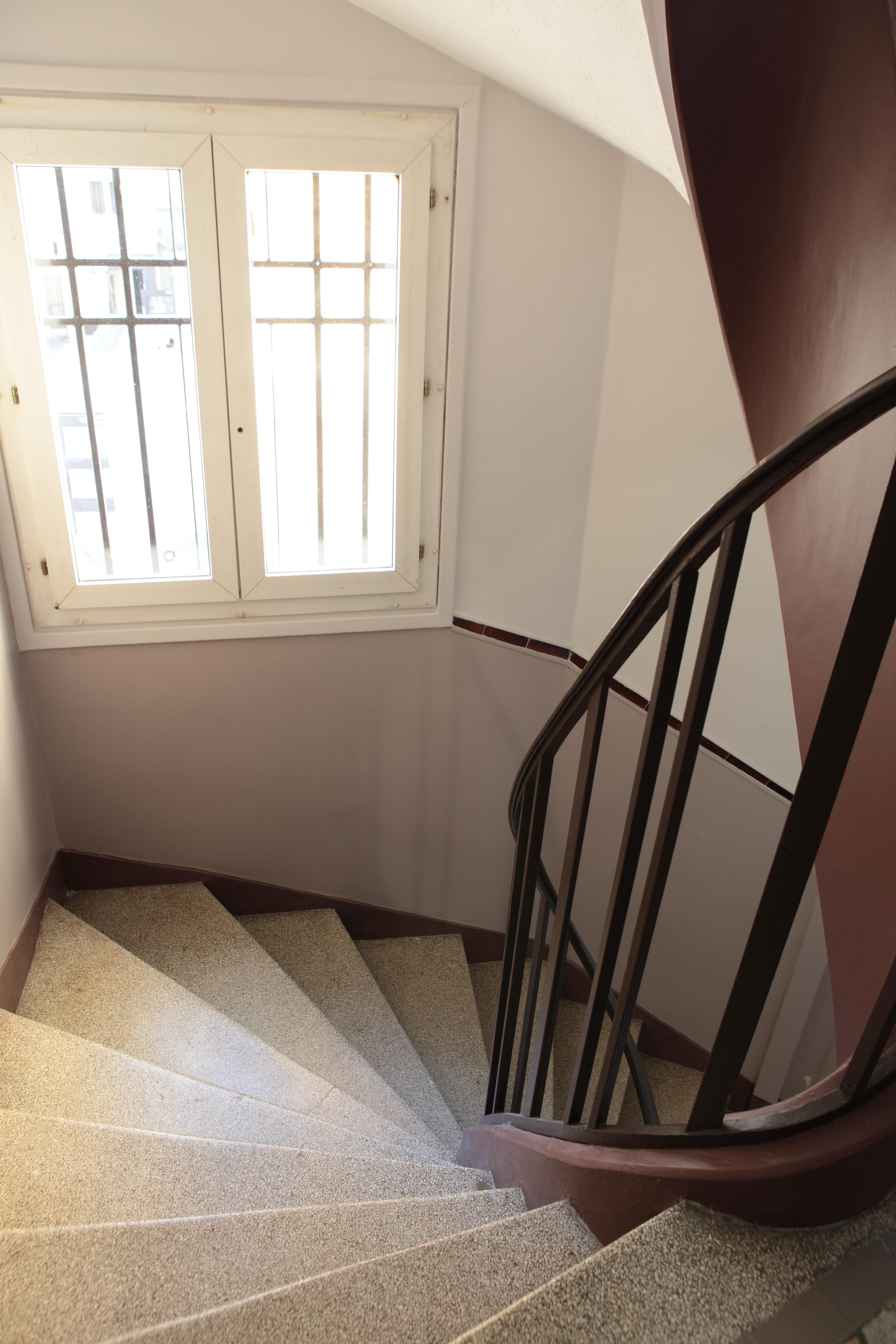Peindre Une Cage D Escalier En 2 Couleurs cages d'escalier – art et couleur